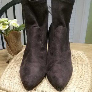 Qupid Chunky Heel Charcoal  Gray Slip on Booties